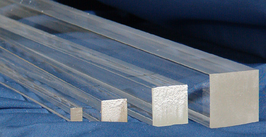 At Skyline Plastic Works you can find transparent clear acrylic square rods in four different sizes